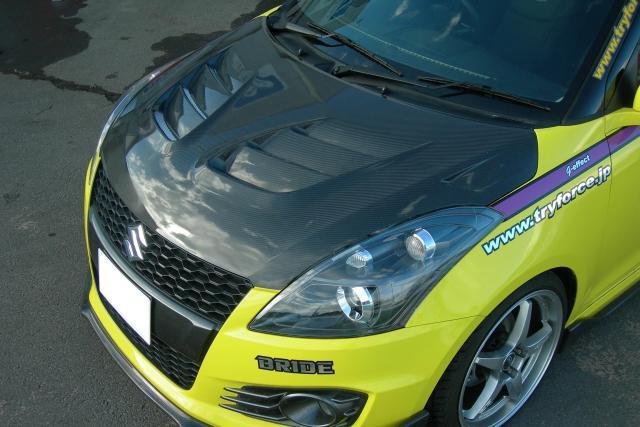 レーシングカーボンボンネット